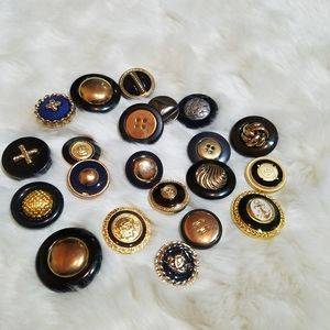 Bag O' Buttons Black and Gold
